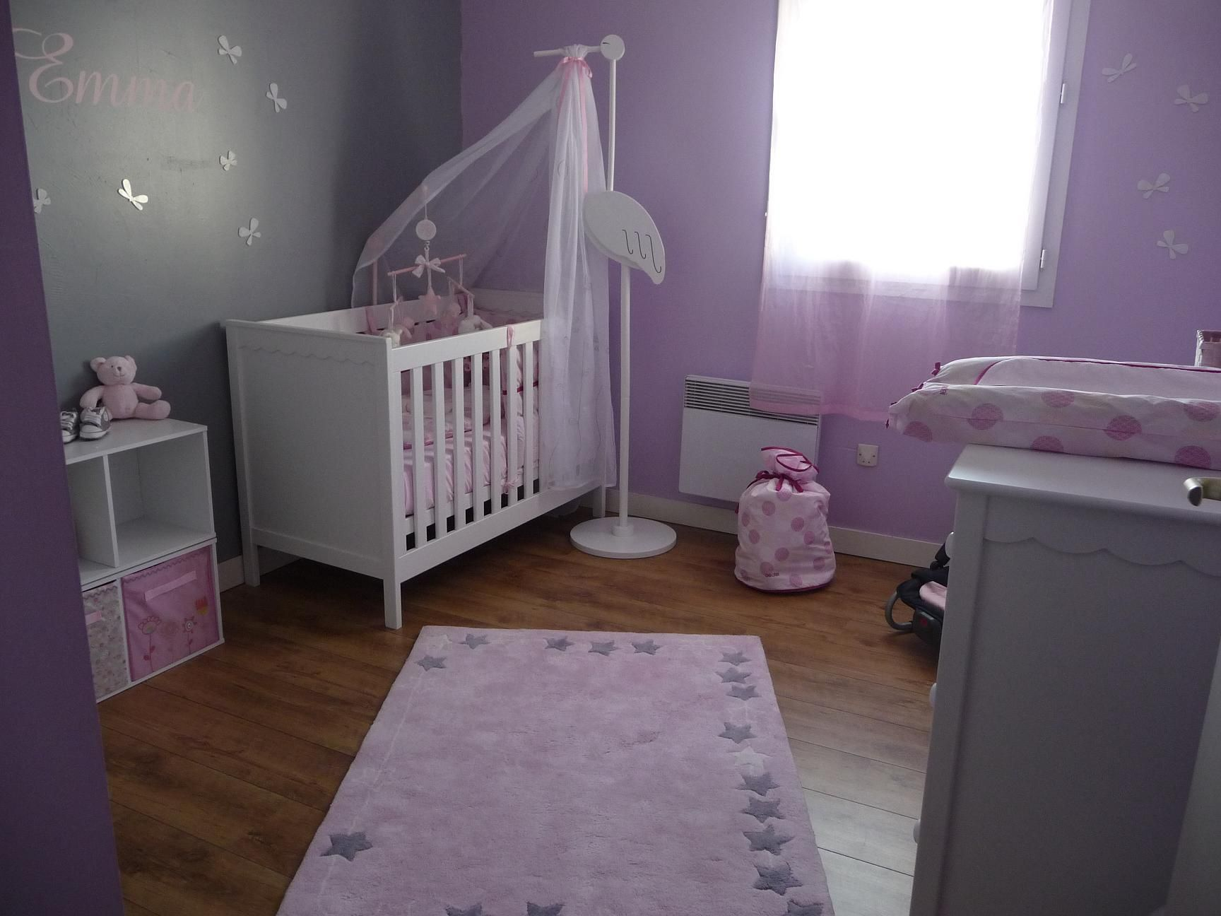 Idee deco chambre bebe for Decoration chambre de fille