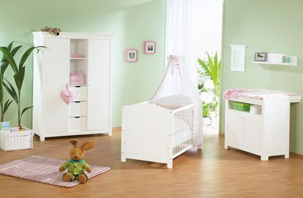 idee deco chambre bebe page 5. Black Bedroom Furniture Sets. Home Design Ideas