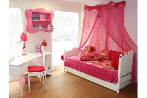 Idee deco chambre fille page 2 for Idee decoration chambre fille