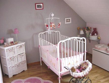 Idee deco chambre bebe page 6 for Idee chambre bebe mansardee